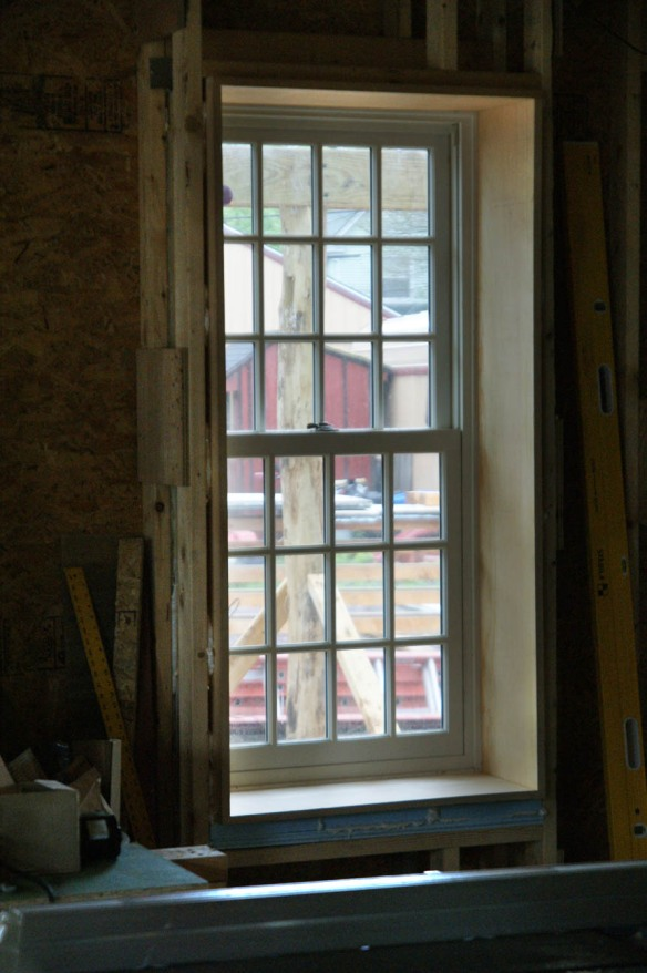 Extension jamb for kitchen window