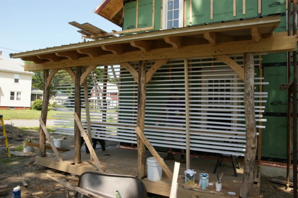 Vertical drying rack for exterior trim boards