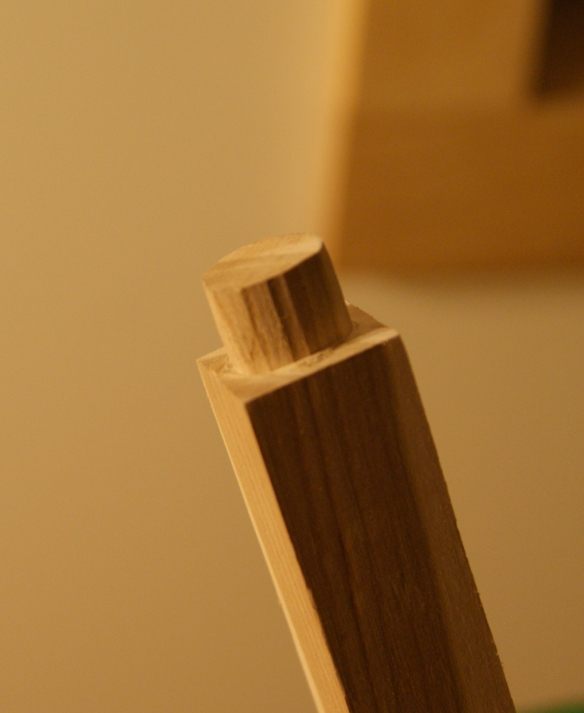 How to put a round tenon on a square baluster